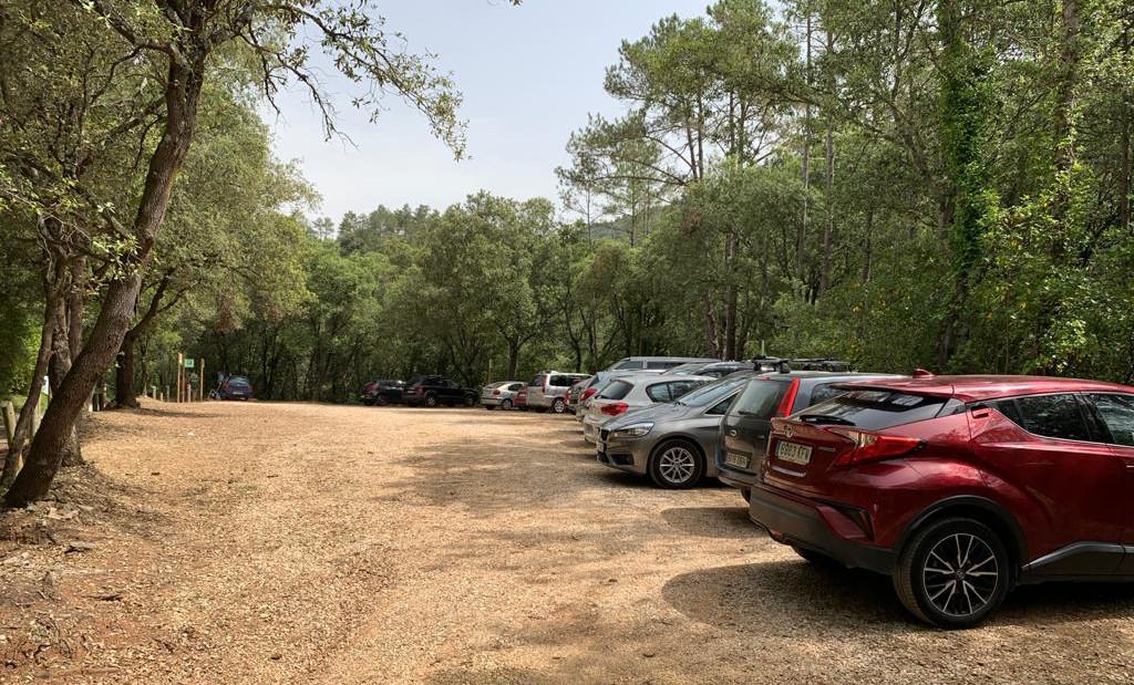 aparcament albanyà